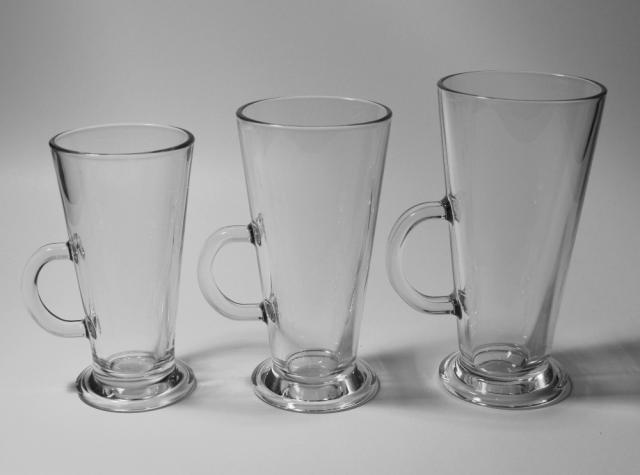 Sklenené poháre na kávu